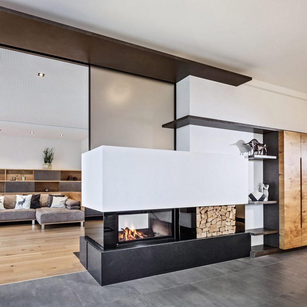 Wohnzimmer / Barschrank